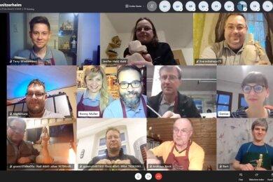 Seit vier Monaten wird in Schlettau digital geschnitzt. Der Verein hat Reporterin Denise Märkisch zu einem der Treffen eingeladen.