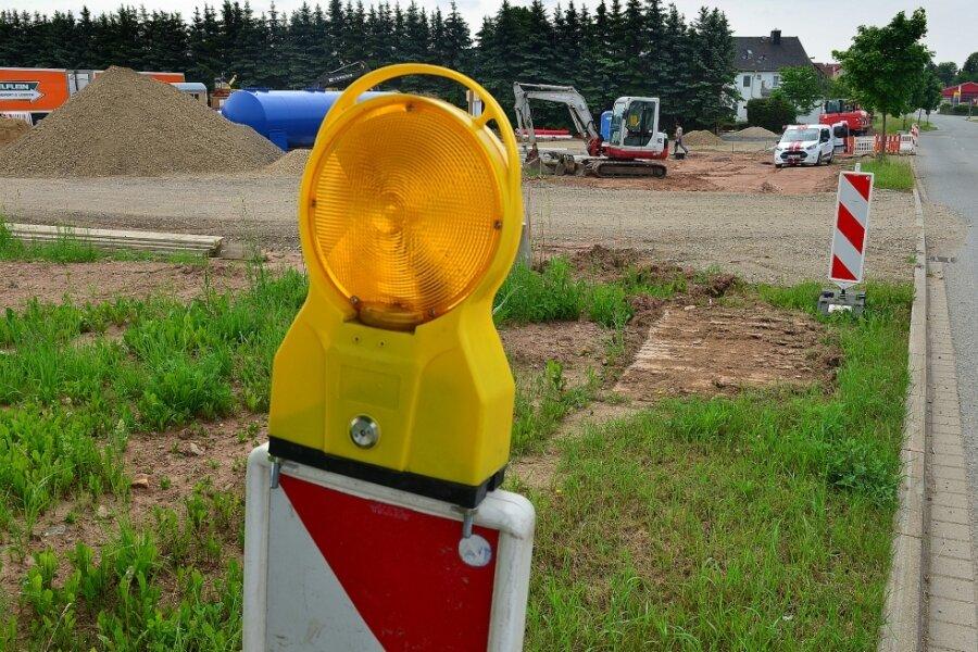 Baustelle im Gewerbegebiet Dittersbach: Die Firma Reifen-Franz legt bereits los, für Amazon liegt noch keine Baugenehmigung vor.