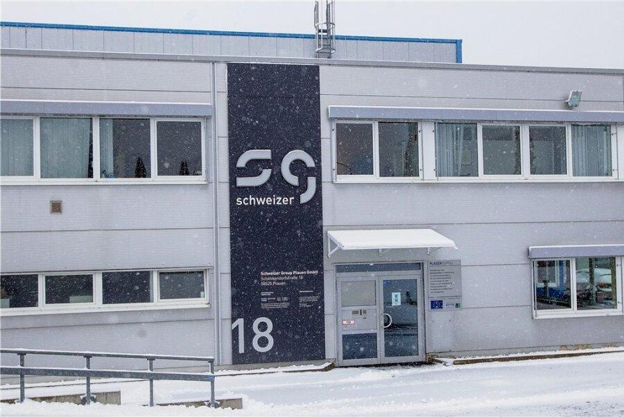 Schlechte Nachrichten für das Plauener Werk des Automobilzulieferer Schweizer Group: Rund der Hälfte der Mitarbeiter soll seinen Job verlieren. Foto: Ellen Liebner/Archiv