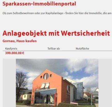 Das Sparkassengebäude in Gornau steht zum Verkauf.