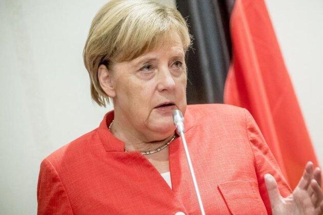 """Unter dem Titel """"Merkel hört Sachsen"""" stellen drei Frauen aus Marienberg Forderungen, die von der Bundesregierung aufgegriffen werden sollen."""