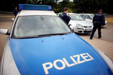 Mit 80 km/h auf Simson: Jugendlicher versucht vor Polizei zu fliehen