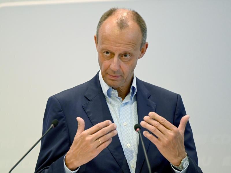 CDU-Politiker Friedrich Merz spricht sich gegen eine Doppelspitze in seiner Partei aus.