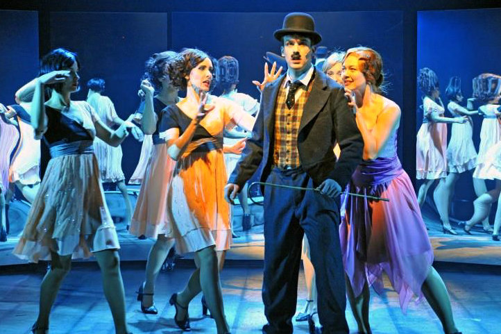 """Am 23. Februar öffnet sich der Vorhang für """"Chaplin - Das Musical"""" im König Albert Theater Bad Elster."""