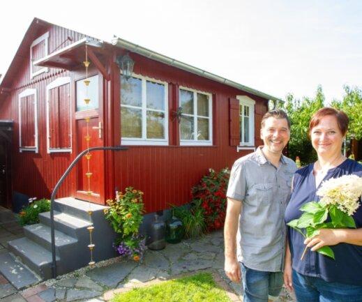 Im Gartenbauverein Knieloh am Einsteinweg 62 findet sich Nadine und Mario Schülers schmucke Laube.