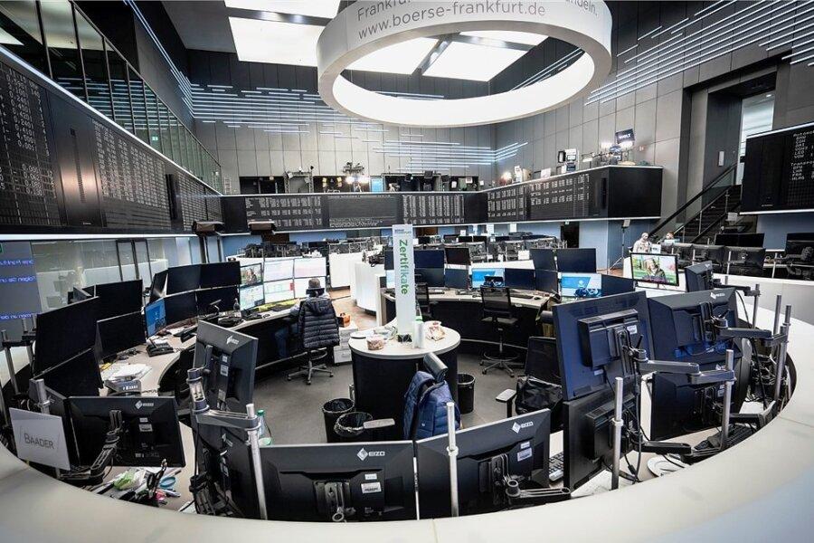 Blick in den Handelssaal der Frankfurter Börse: Analysten erwarten ein positives Jahr 2021.