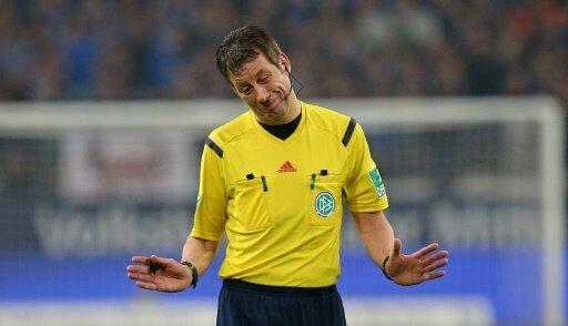 Wolfgang Stark ist alleiniger Rekord-Schiedsrichter