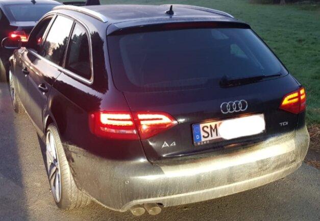 Die Polizei stellte den gestohlenen Audi aus Westthüringen im Vogtland sicher.
