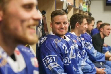 Eddy Lysk in der Umkleidekabine der Crashers Chemnitz. Mit seinem neuen Team gewann er gegen seine alte Mannschaft.