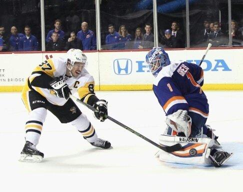 Greiss pariert Penalty von Pittsburghs Crosby