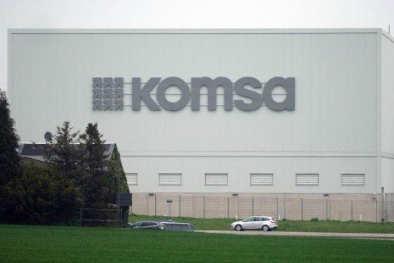 Komsa sieht sich beim Wachstum auf Kurs