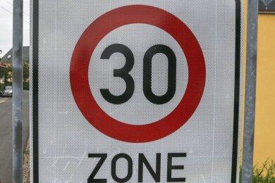 """Die """"30"""" steht im Fall der Stadt Reichenbach dafür, dass sie seit so vielen Jahren kein gültiges Verkehrskonzept hat. Nach dem mehrheitlichen Willen der Stadträte soll jetzt eines erstellt werden."""