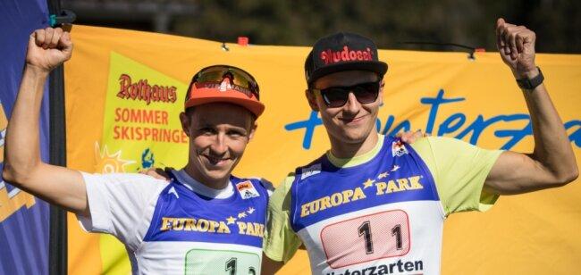 Eric Frenzel (l.) und Terence Weber, hier als Duo während einer deutschen Meisterschaft in Hinterzarten, erhalten für den Sommer Grand Prix Unterstützung. Überraschend ist neben den beiden Topathleten des SSV Geyer auch der erst 16-jährige Tristan Sommerfeldt vom gastgebenden WSC Erzgebirge Oberwiesenthal als dritter Erzgebirger für den Wettkampf der Männer nominiert worden.