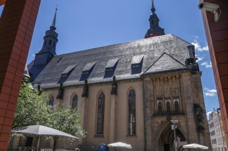Die Jakobikirche an der Inneren Klosterstraße erhält in den nächsten Tagen eine neue Kirchturmspitze.