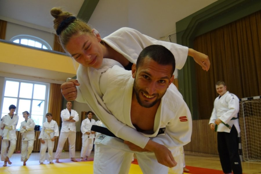 Olympiateilnehmer trainiert mit Oelsnitzer Judoka