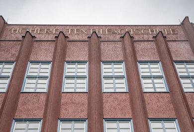 Die ehemalige Textilfachschule an der Klinkhardtstraße wird als Standort für das Reichenbacher Kältekompetenzzentrum gehandelt.