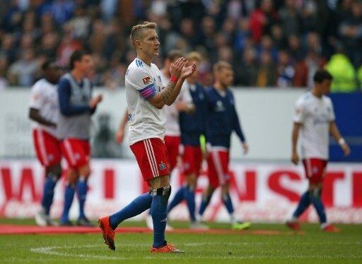 Lewis Holtby und der HSV stehen weiterhin an der Spitze