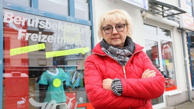 Michaela Hecht vor ihrem Laden. Sie macht sich für die rasche Öffnung des Einzelhandels stark.