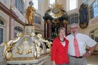 Superintendent Glauchau Peter Hess mit Ehefrau Doris.
