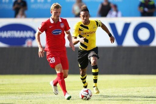 Wehen Wiesbaden hat Marcel Titsch Rivero (l.) geholt