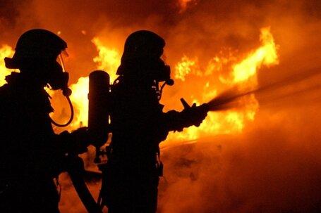 Strohpressen in Flammen - 45.000 Euro Schaden