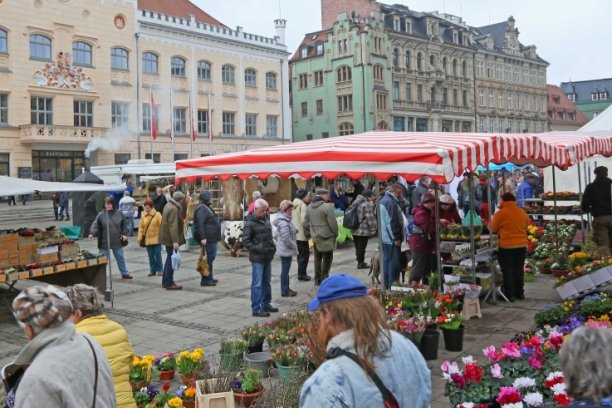 Beliebte Märkte laden wieder zum Einkauf ein