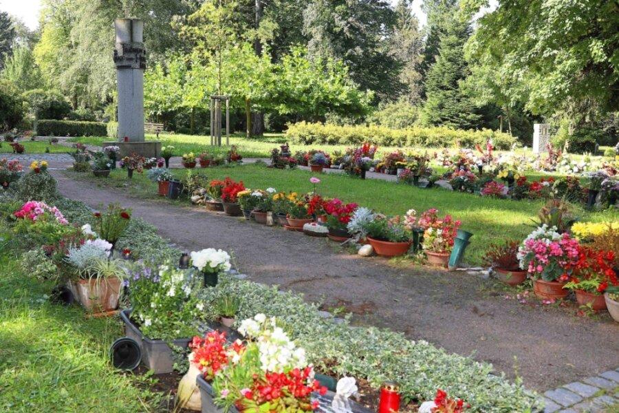 Im Durchschnitt 200 Beisetzungen finden jährlich auf dem Werdauer Friedhof statt.