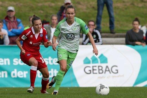 Wolfsburg gewinnt - Doppelpack durch Caroline Hansen