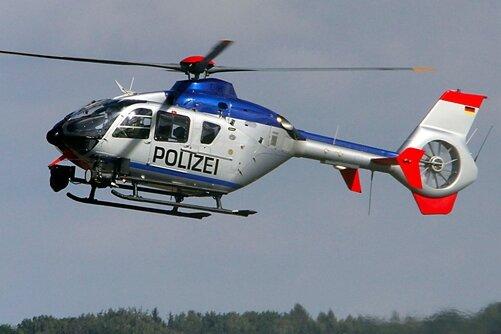 Im Feld verirrt: Polizei sucht mit Hubschrauber nach Frau in Lichtenstein