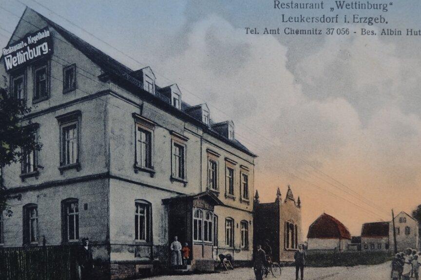 Die historische Postkarte aus der Sammlung von Günter Gränitz zeigt das Restaurant Wettinburg vermutlich zwischen 1910 und 1920.