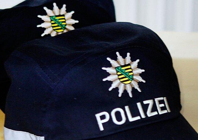 32-Jähriger von sechs Unbekannten überfallen