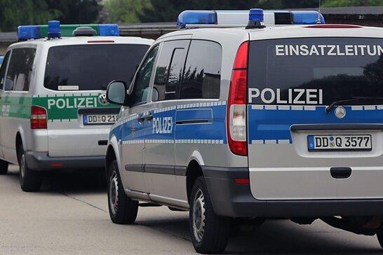 Polizeieinsatz am Asylbewerberheim Mobendorf