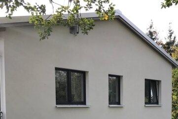 Das sanierte und erweiterte Sportlerheim mit dem neuen zweigeschossige Anbau, errichtet von der Bergener Firma von Maurer- und Betonbaumeister Falk Geigenmüller, ist übergeben worden.