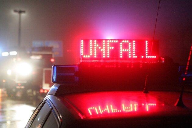 Zwei Schwerverletzte bei Unfall auf der B173