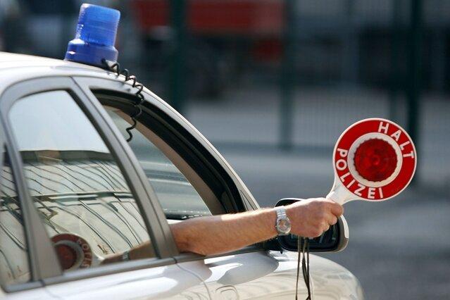Lichtenberg: Betrunken und im Schlafanzug Auto gefahren