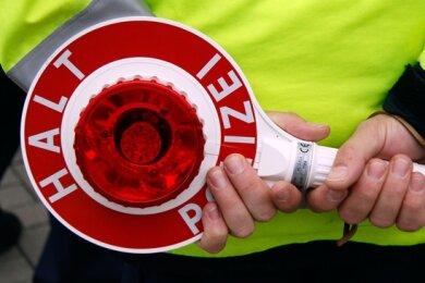 Polizeibeamte haben bei einer Verkehrskontrolle am Samstagvormittag in Auerbach eine Überraschung erlebt.
