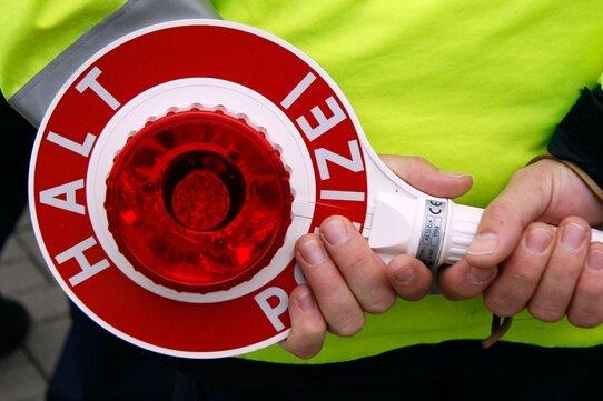 22-Jähriger liefert sich Verfolgungsjagd mit Polizei
