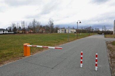 Hier, in der Nähe der Eigenheime, soll das neue Gesundheitszentrum des Krankenhauses gebaut werden.