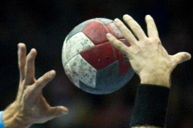 Handball-Zweitligist EHV Aue hat nach drei Niederlagen in Folge wieder ein Erfolgserlebnis verbucht.