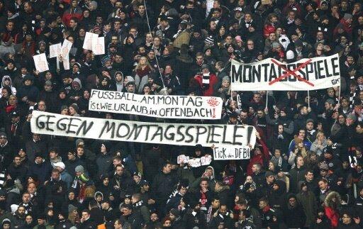 Montagspartie: SGE-Fans nutzen das Spiel zum Protest