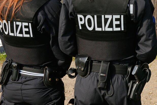 Polizist bei Kontrolle in Freiberg verletzt