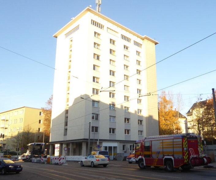 Kellerbrand in Zwickauer Hochhaus - Bewohner evakuiert