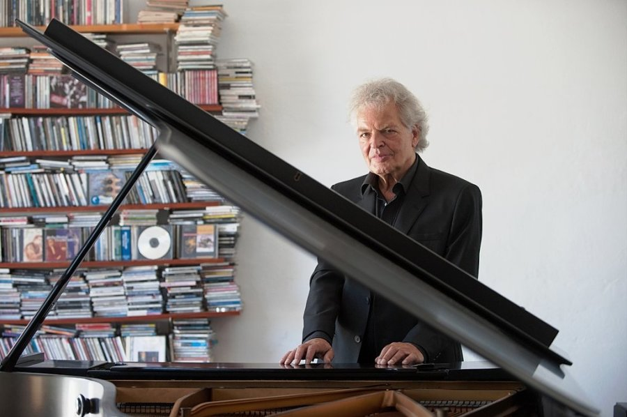 Zauberer am Flügel: Der sächsische Jazz-Großmeister Joachim Kühn.