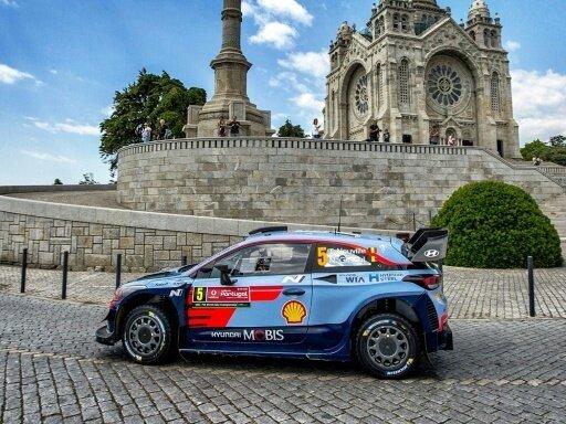 Neuville führt die Rallye-WM in Portugal weiter an