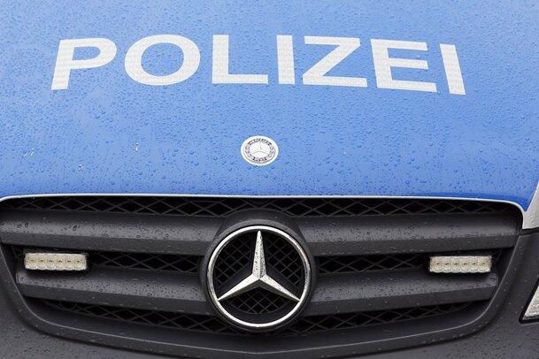 Laster landet im Graben - S 222 zwischen Elterlein und Geyer gesperrt