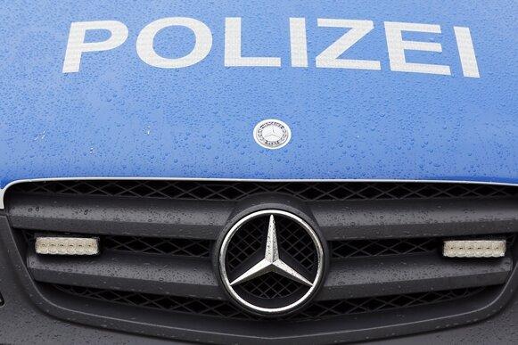 Chemnitz: 18-Jährige sexuell belästigt - Zeugen gesucht