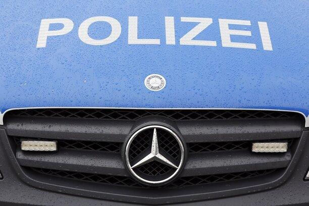 Treuen/Rodewisch: Aggressiver Mann löst Polizeieinsätze aus