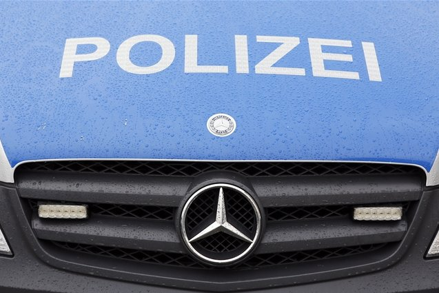 Sechs Blitzer in Hessen mit Traktor demoliert