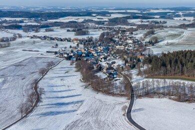 Noch ist Winter, bleiben zirka fünf Monate Zeit für die Vorbereitung des Ortsjubiläums in Oberlauterbach. Derzeit kann wegen der Coronapandemie aber keiner sagen, ob Mitte Juni Feiern wieder möglich sind.