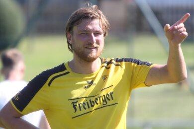 Blick nach vorn: BSC-Torjäger Tommy Gommlich, der zum Auftakt in Freital alle drei Tore für die Freiberger erzielte, und seine Teamkollegen visieren gegen Possendorf den ersten Sieg der neuen Saison an.
